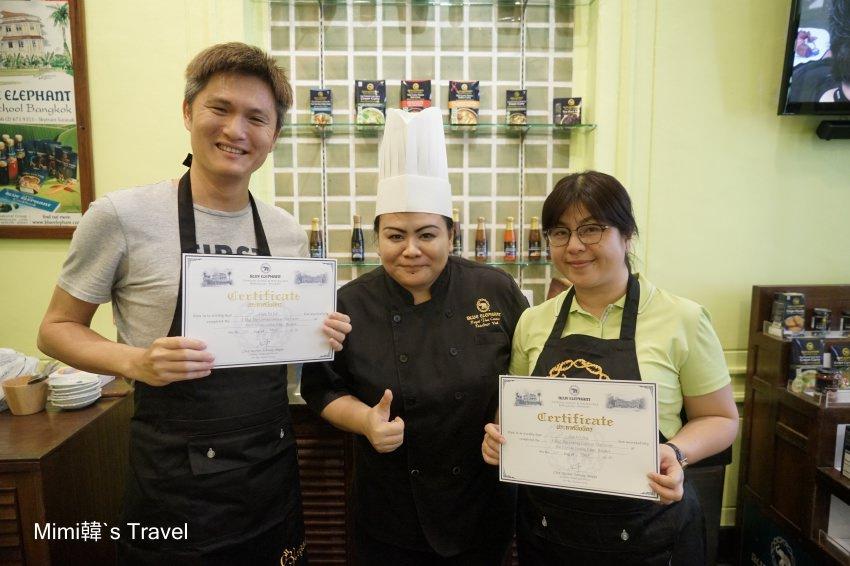 【曼谷必玩】藍象餐廳 x 廚藝學校烹飪課:跟著主廚逛菜市、正宗泰式料理DIY